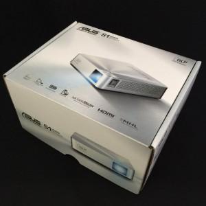ASUS モバイルプロジェクターS1  箱