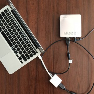ASUS モバイルプロジェクターS1 配線