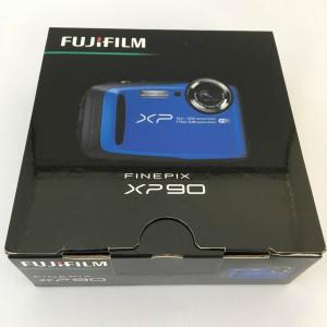 富士フィルム FinePix XP90 箱