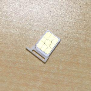 ロボホン SIMカード