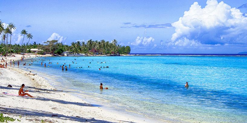 沖縄やハワイなどリゾート地に行くのにオススメのカメラ3選