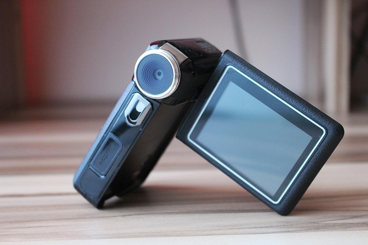 中古のビデオカメラを購入する人に伝えたい!もう1つの選択肢