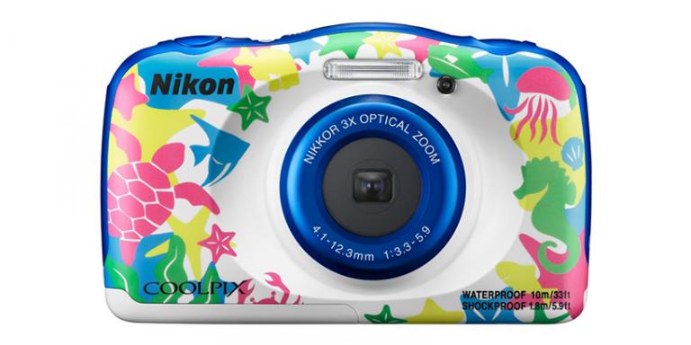 ニコンのリーズナブルな防水カメラCOOLPIX W100!旧モデルS33との違いは?