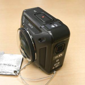 Nikon KeyMission360 側面