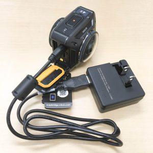 Nikon KeyMission360 充電スタイル