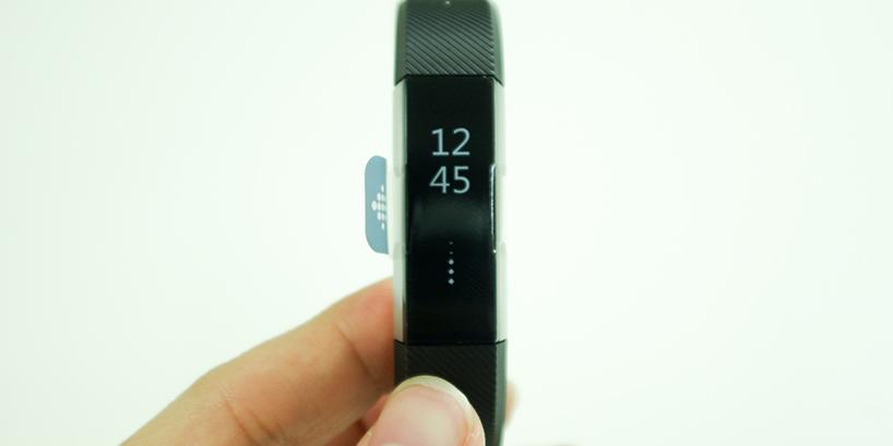 Fitbit Altaが到着!開封してみました