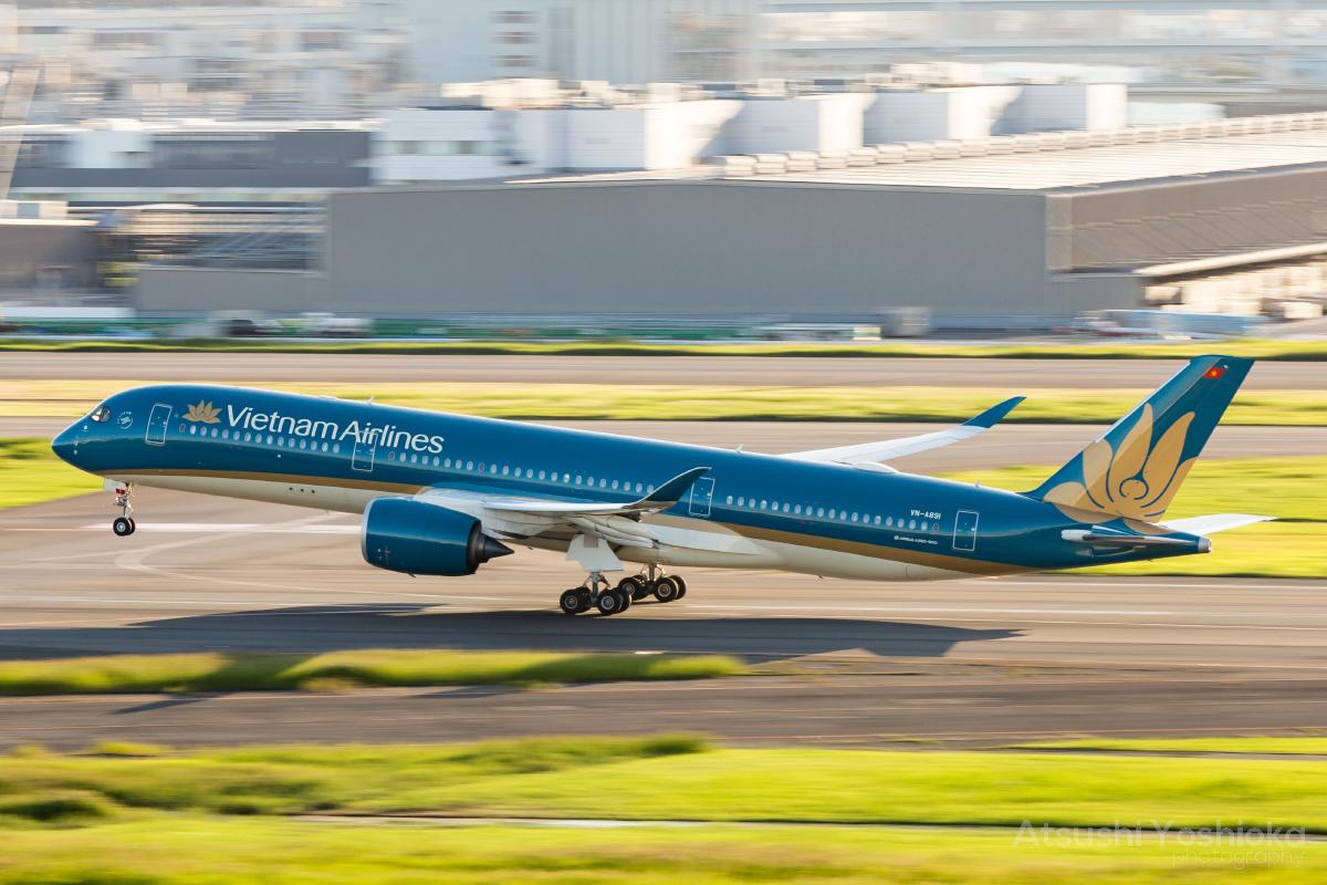 VN 787-9 HND