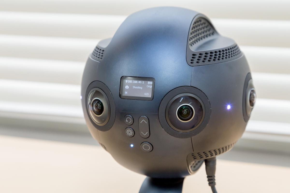 Insta360 Proの使い方をいちから解説。プロフェッショナル仕様360度カメラを徹底レビュー
