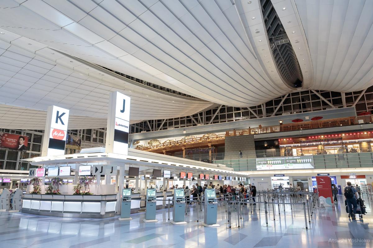 海外旅行 空港チェックイン