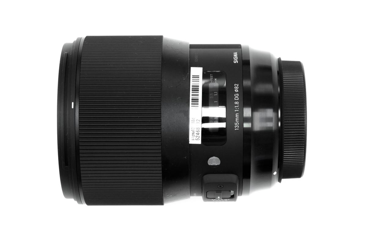 SIGMA 135mm F1.8 外観