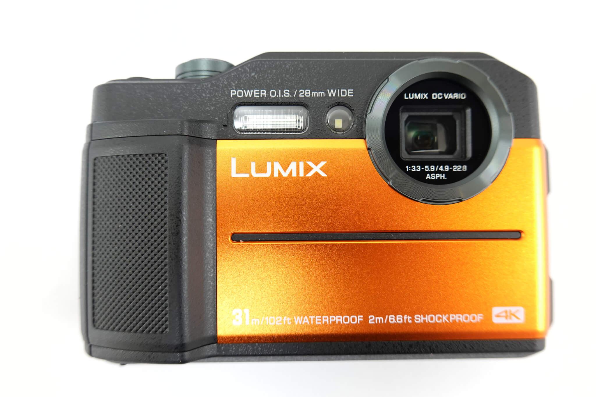 LUMIX DC-FT7 本体写真
