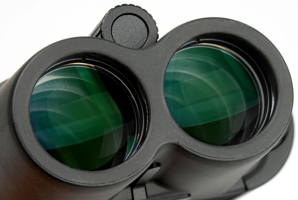 双眼鏡の選び方をプロが解説 レンズコート