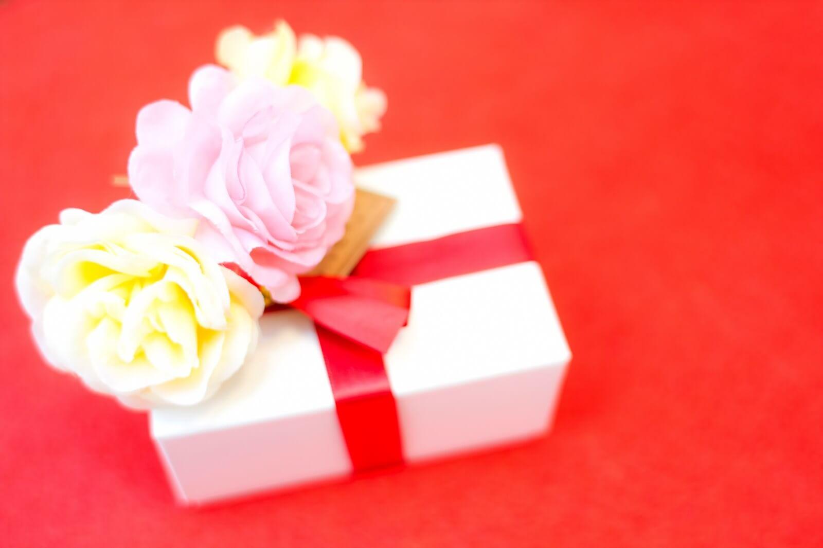 チェキ instaxはどんな場面で活躍する? 記念品やプレゼント