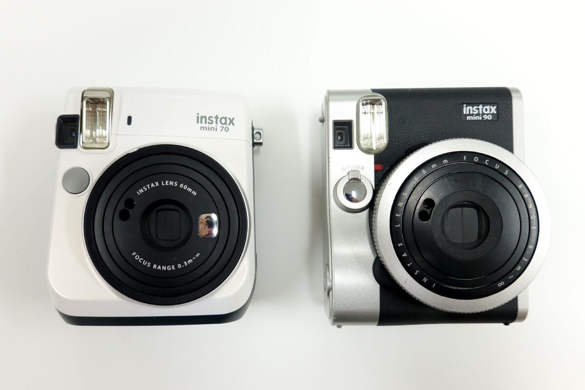 チェキ instax mini90とmini70の外観やカラーの違い