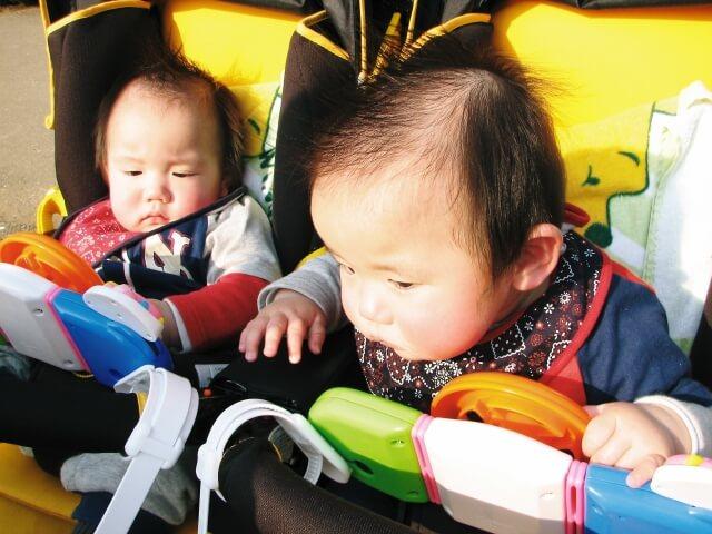二人乗りベビーカーの選び方!年齢差別おすすめを紹介【双子/年子/2歳差~】