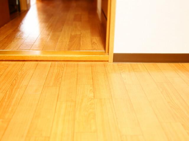 段差が多い家でルンバを使うための対策と注意点 低い段差はスロープを付けて解消