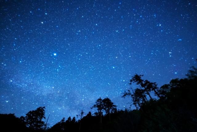 星空撮影には何が必要?設定の仕方やおすすめカメラもご紹介!