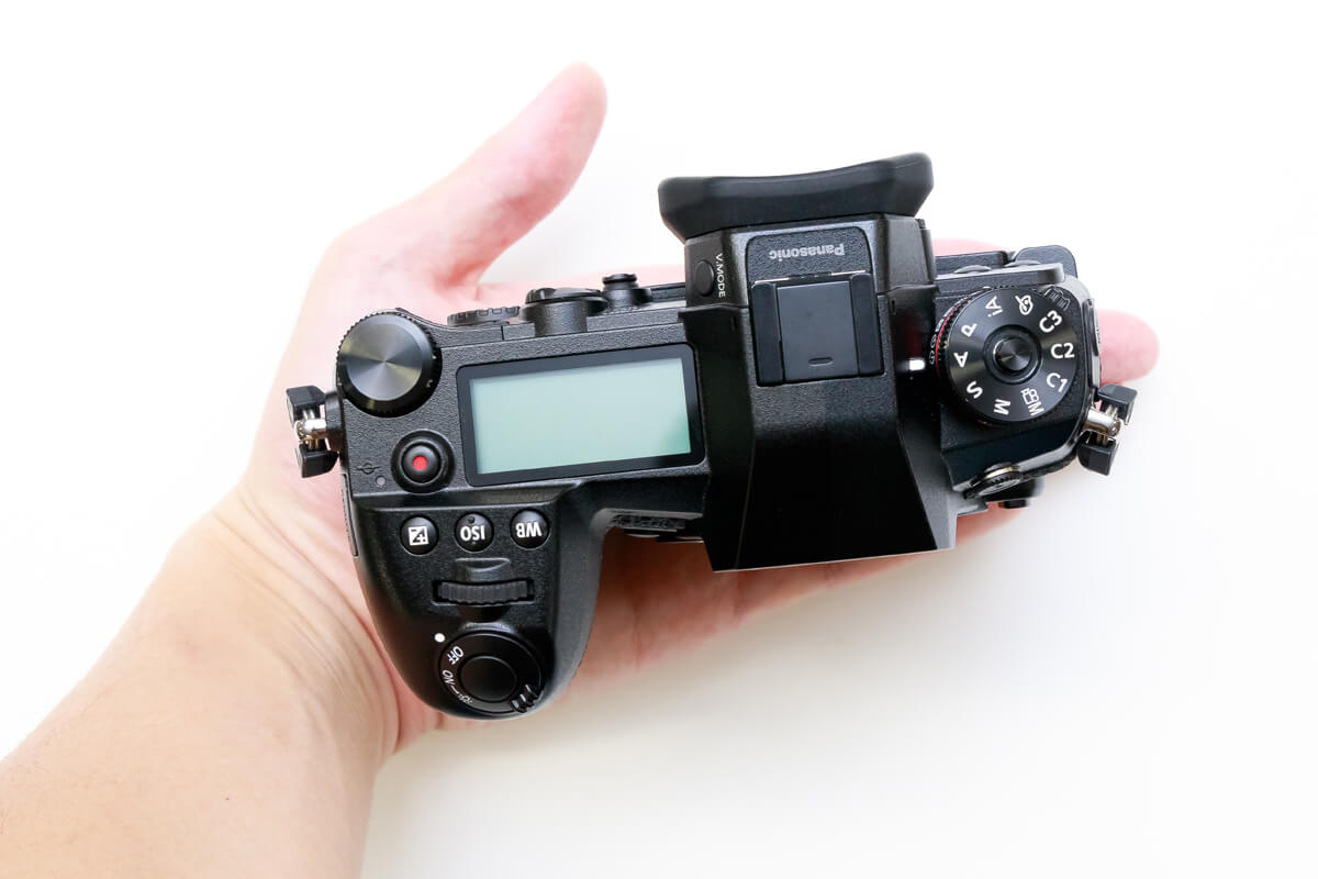 Panasonic LUMIX DC-G9 外観