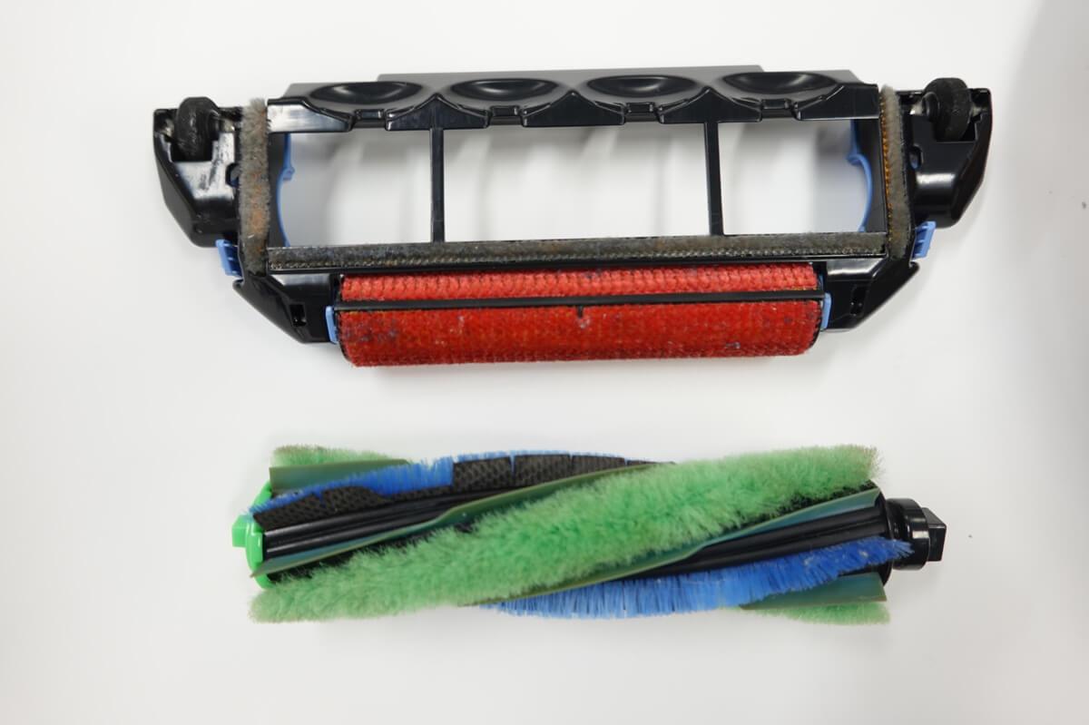 日立「ミニマルRV-EX20」のデメリット 毛のメインブラシなので髪の毛がからまりやすい