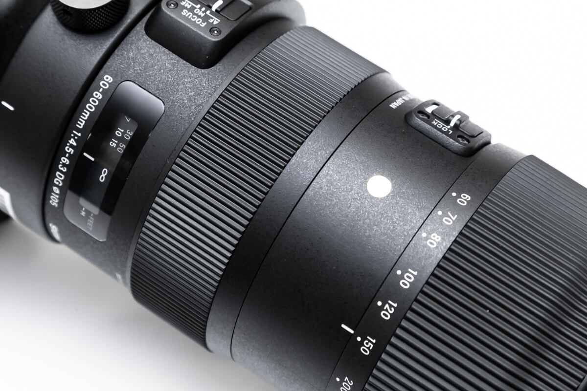 SIGMA 60-600mm F4.5-6.3 DG OS HSM 超望遠レンズ