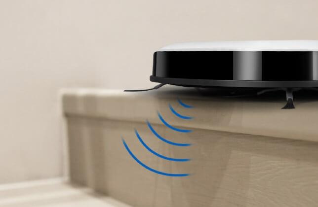 薄型ロボット掃除機の選び方 2. 自動充電・落下防止機能