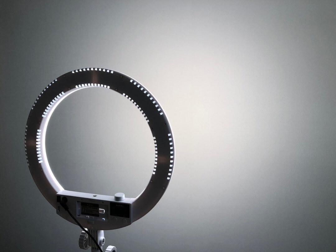 LPLライトビューティーモードをレビュー!あの「瞳の中の天使の輪」ができる!