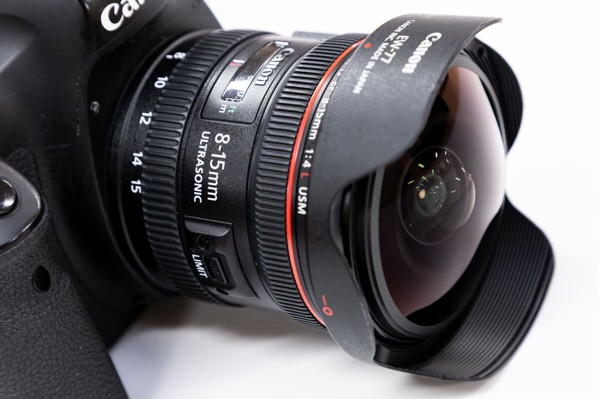 EF8-15mm F4L フィッシュアイ USM 価格