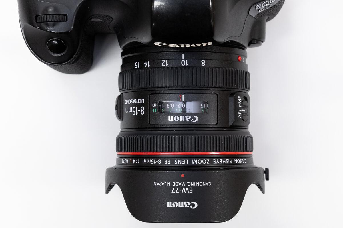 EF8-15mm F4L フィッシュアイ USM コンパクト