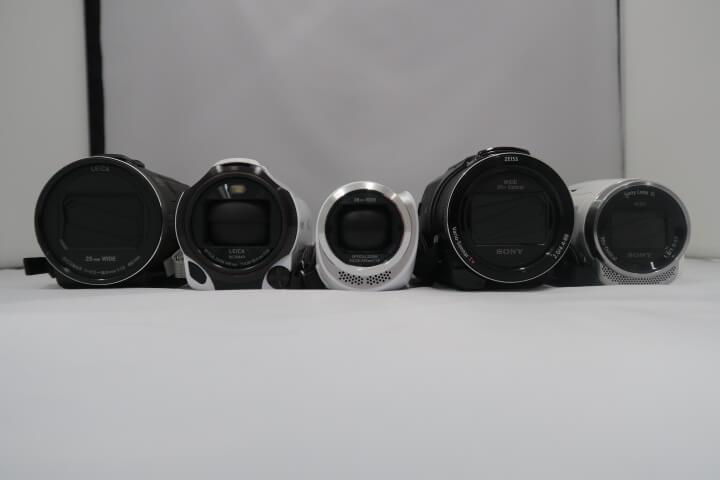 [2021年版] Panasonic ビデオカメラ一覧とその特長まとめ。SONYの機種との比較も!