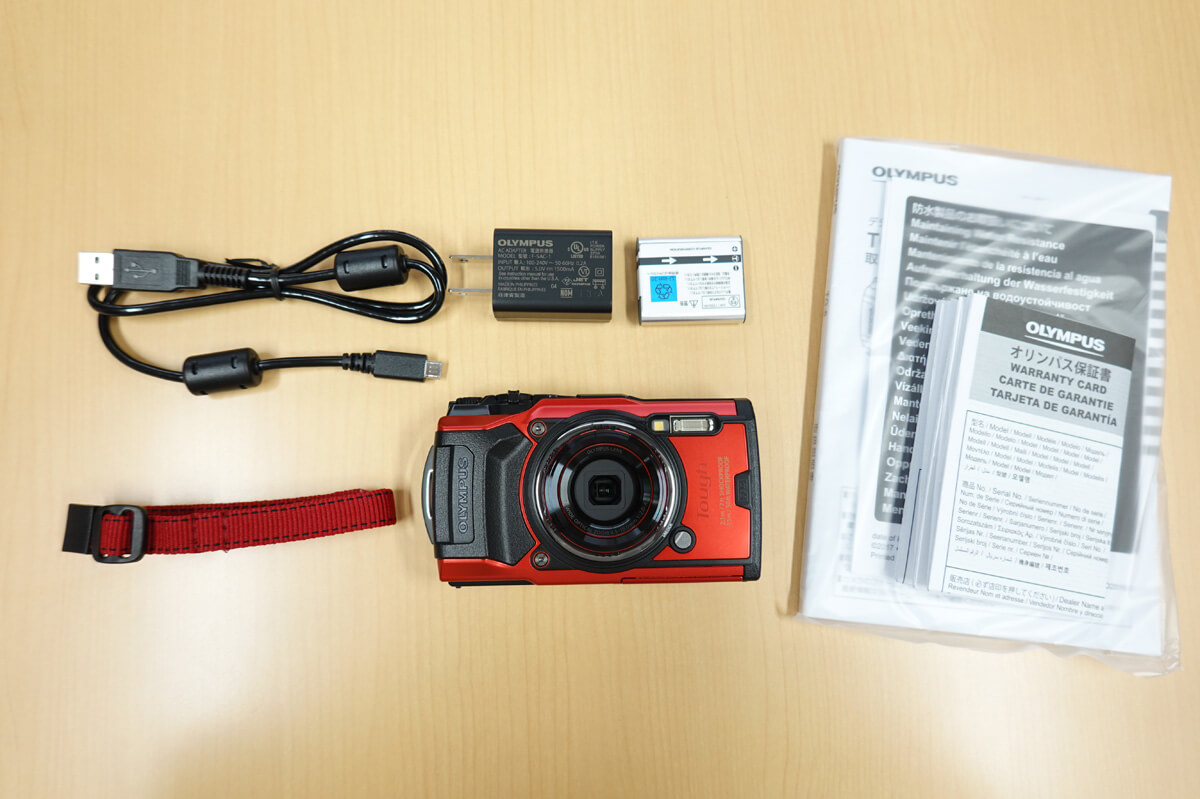 OLYMPUS「Tough TG-6」使用レビュー カメラ本体と付属品一覧