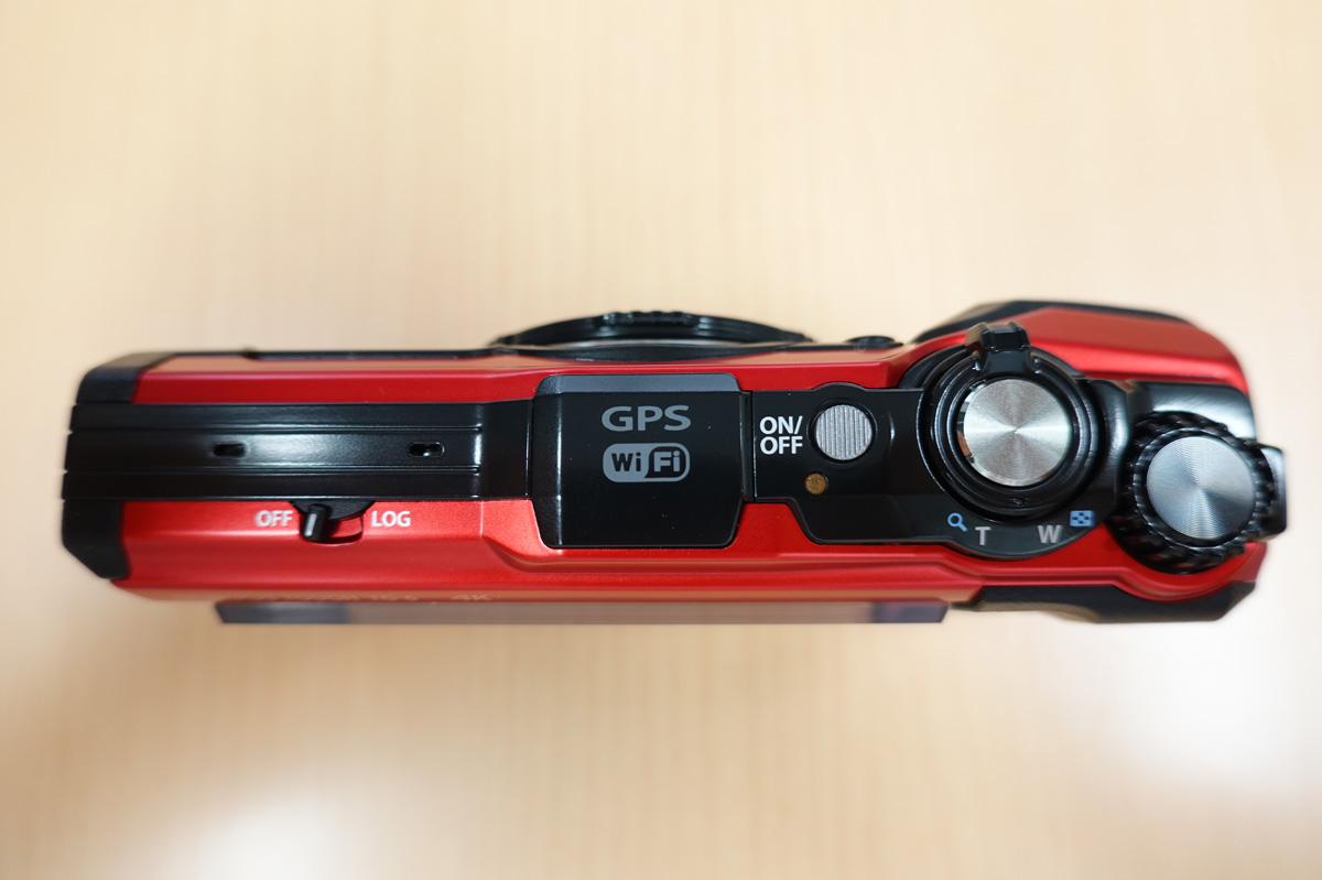 OLYMPUS「Tough TG-6」使用レビュー カメラ本体の天面