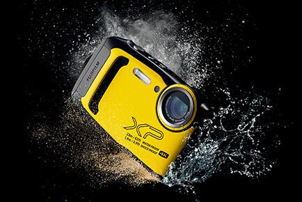 「Nikon COOLPIX W150」「FUJIFILM FinePix XP140」の違いを比較 1.タフ性能が高いのはFinePix XP140
