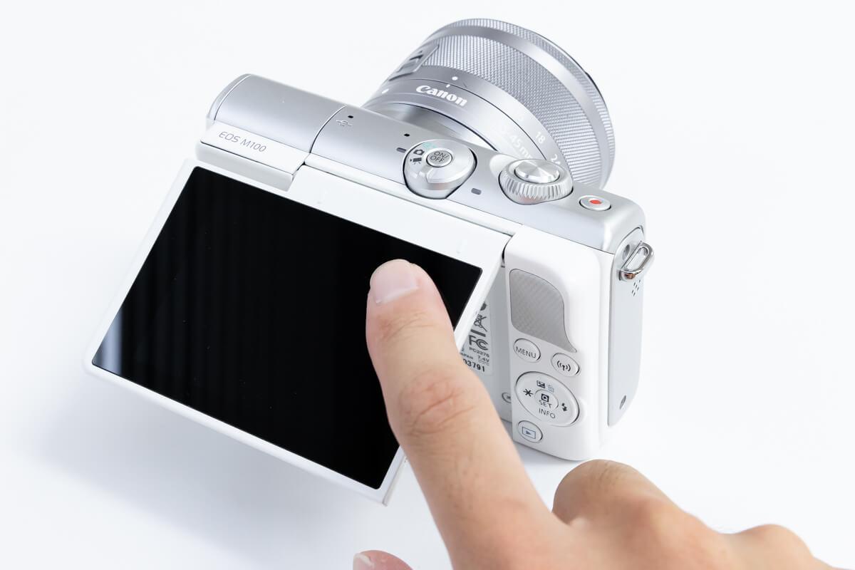 Canon EOS M100 FUJIFILM X-A5 タッチパネル