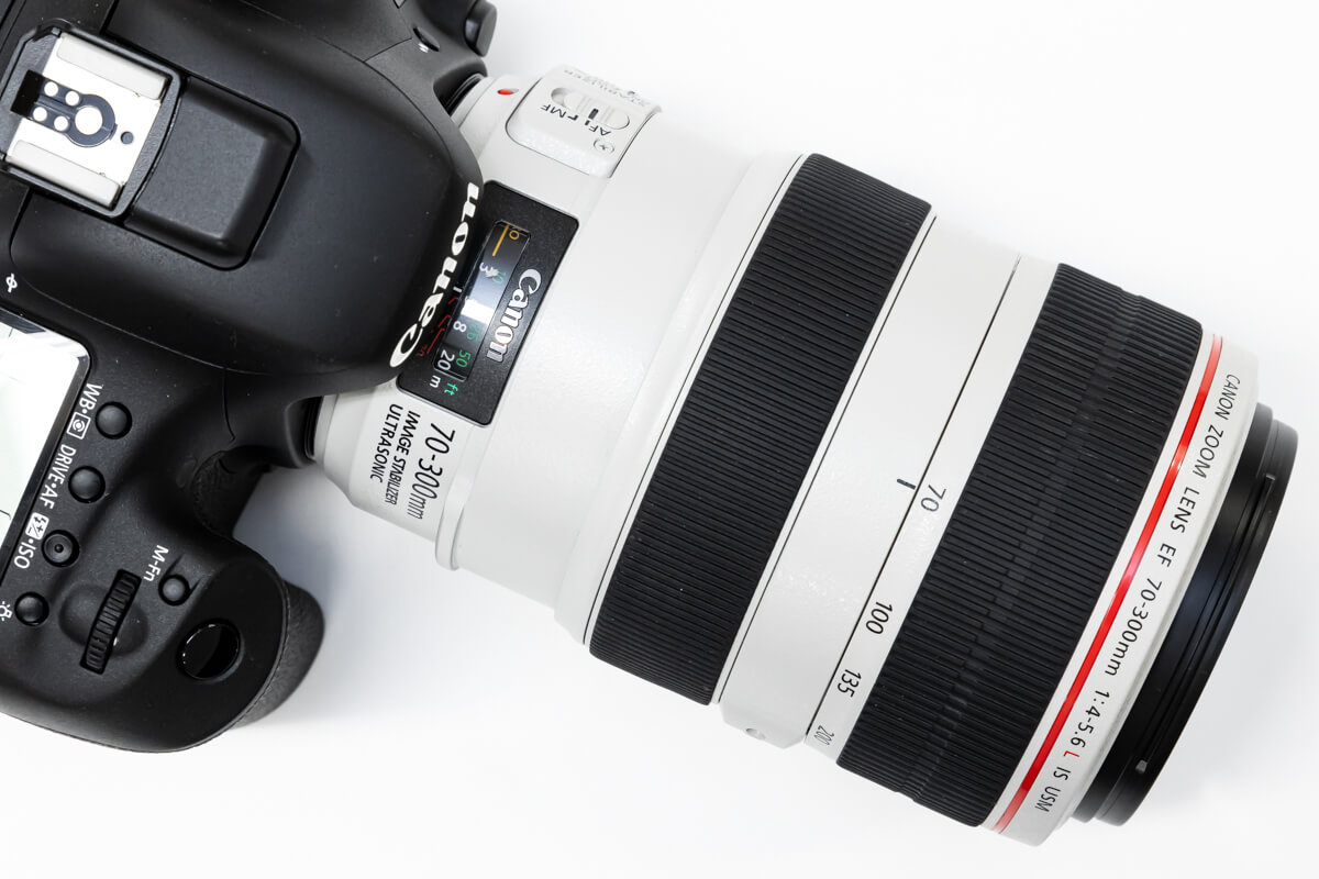 EF70-300mm F4-5.6L IS USM 白レンズ
