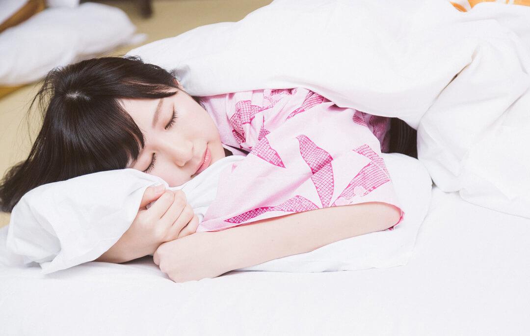 熟睡に重要な3つの「温度」とは!?すぐできる快眠対策やお役立ちグッズもご紹介!