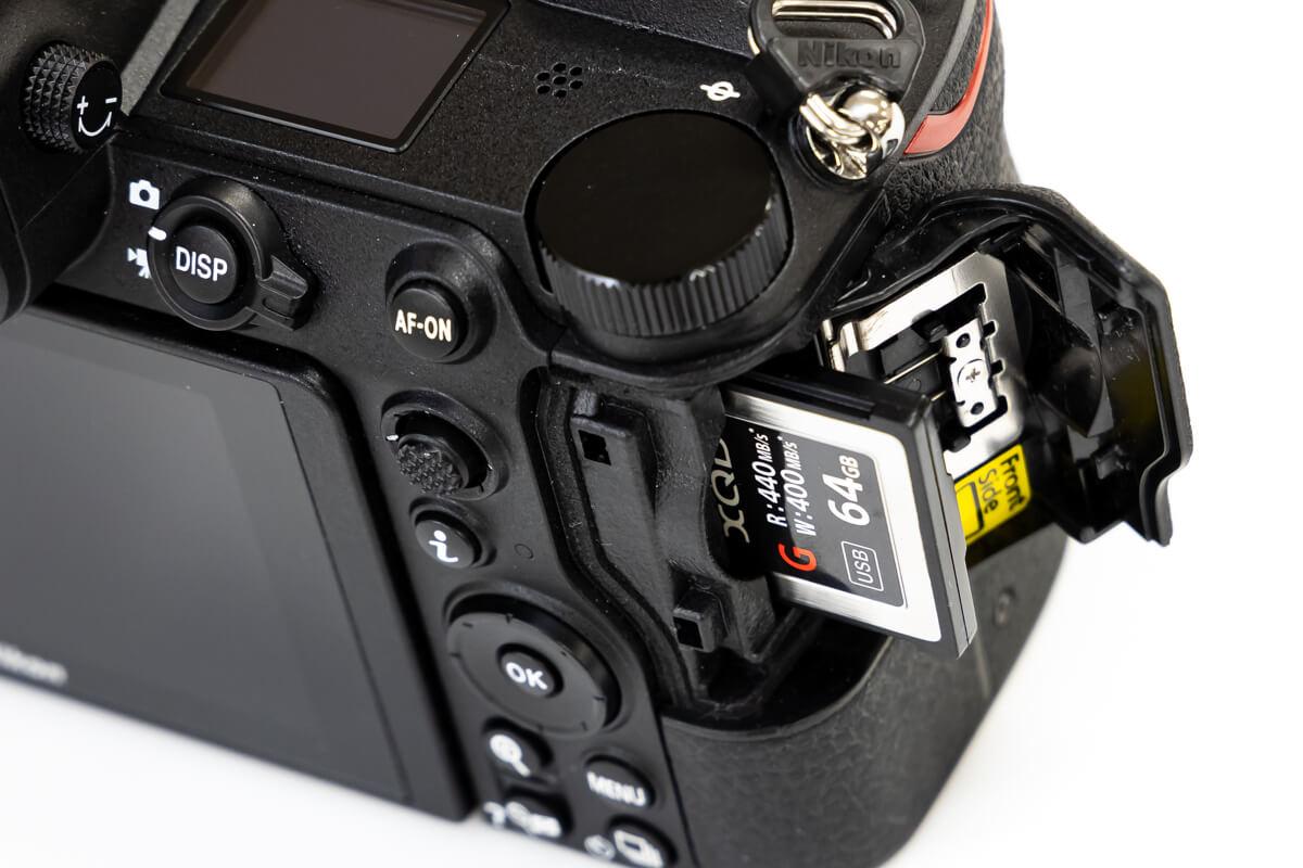 Nikon Z6 XQDカード