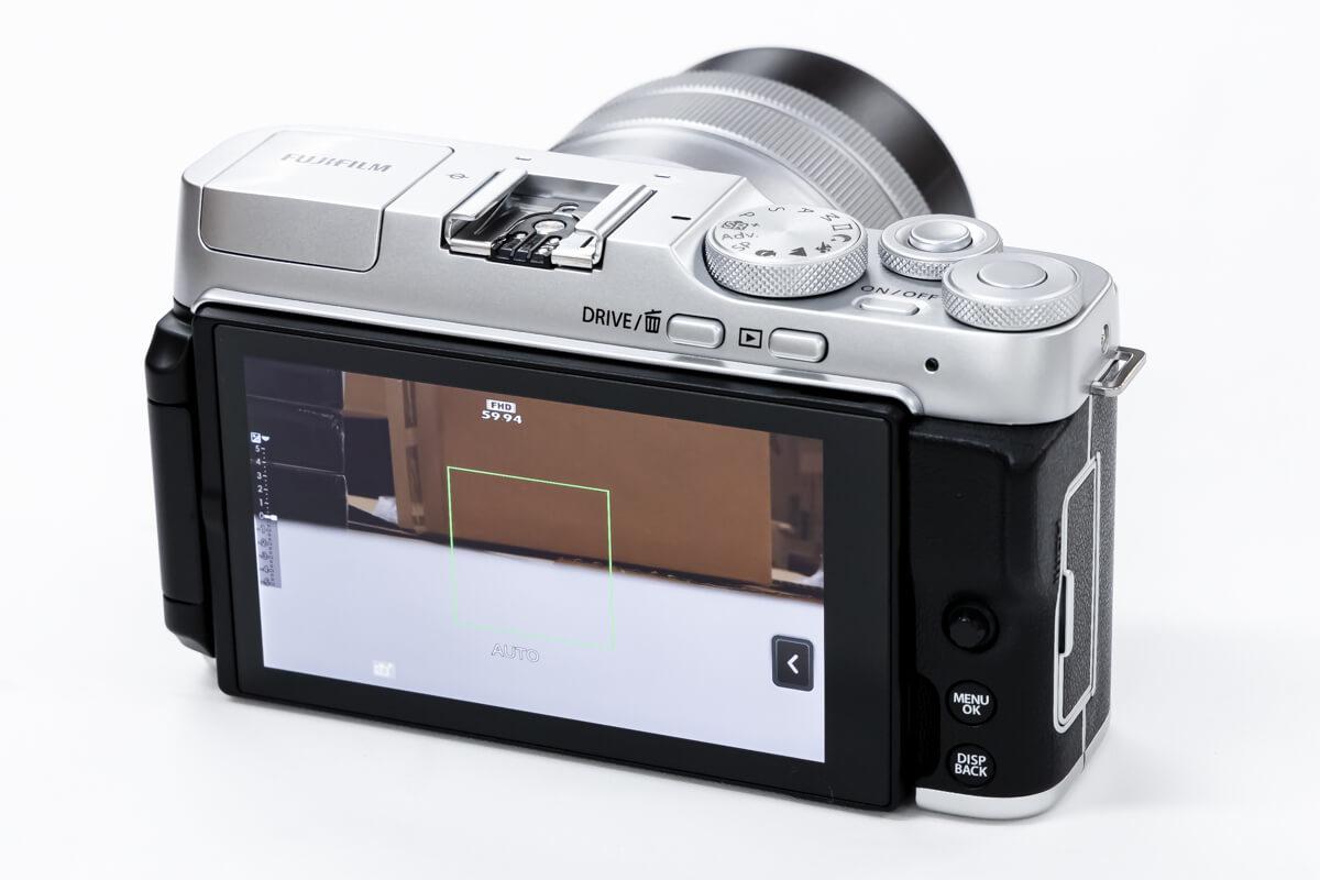 FUJIFILM X-A7 大型液晶モニター