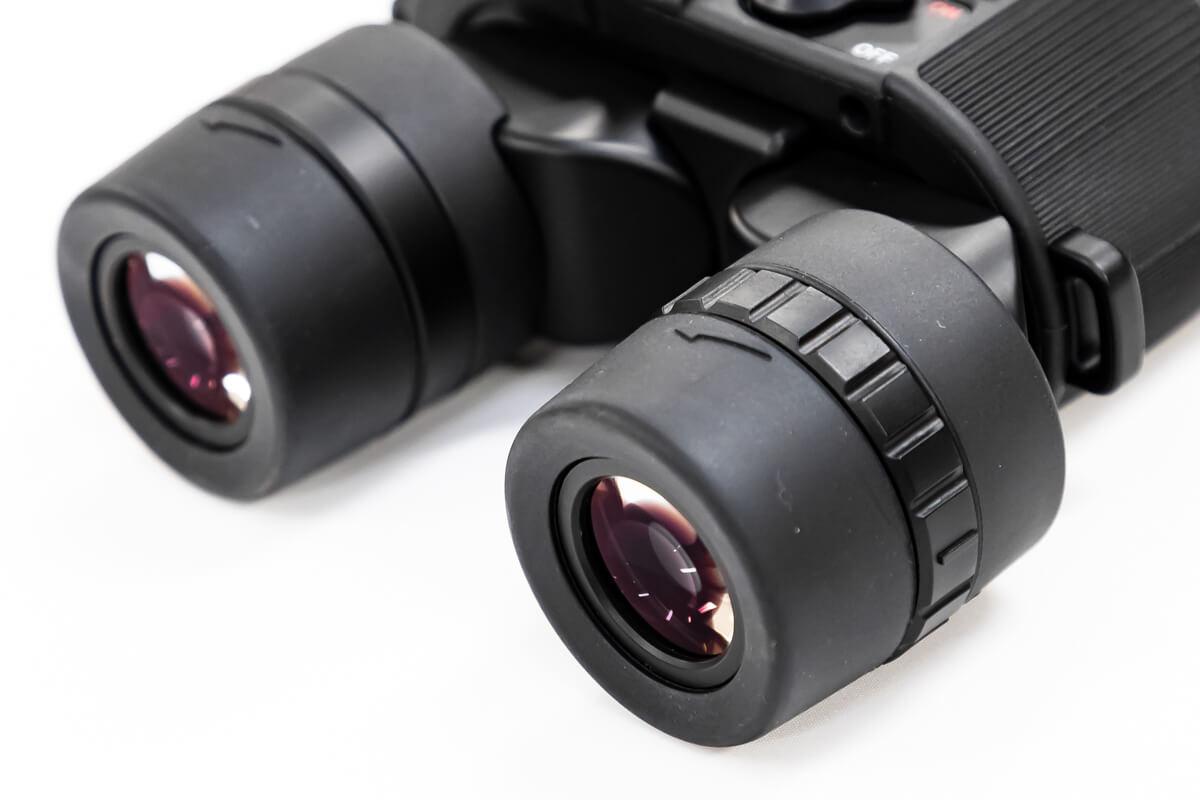 双眼鏡の選び方をプロが解説 5. その他便利機能