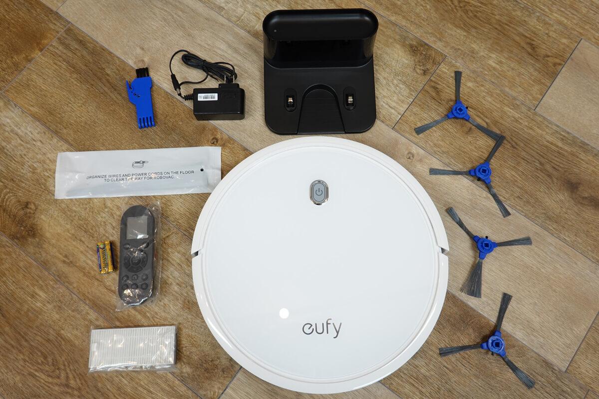 Anker Eufy RoboVac 11Sを実際に使ってレビュー  Eufy RoboVac 11Sの同梱品