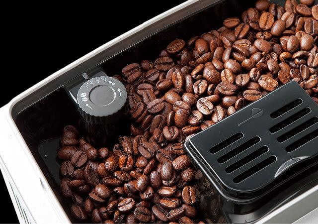 デロンギの全自動コーヒーメーカー「エレッタカプチーノトップ」の特長 お好みで味が調整できてこだわり派も満足