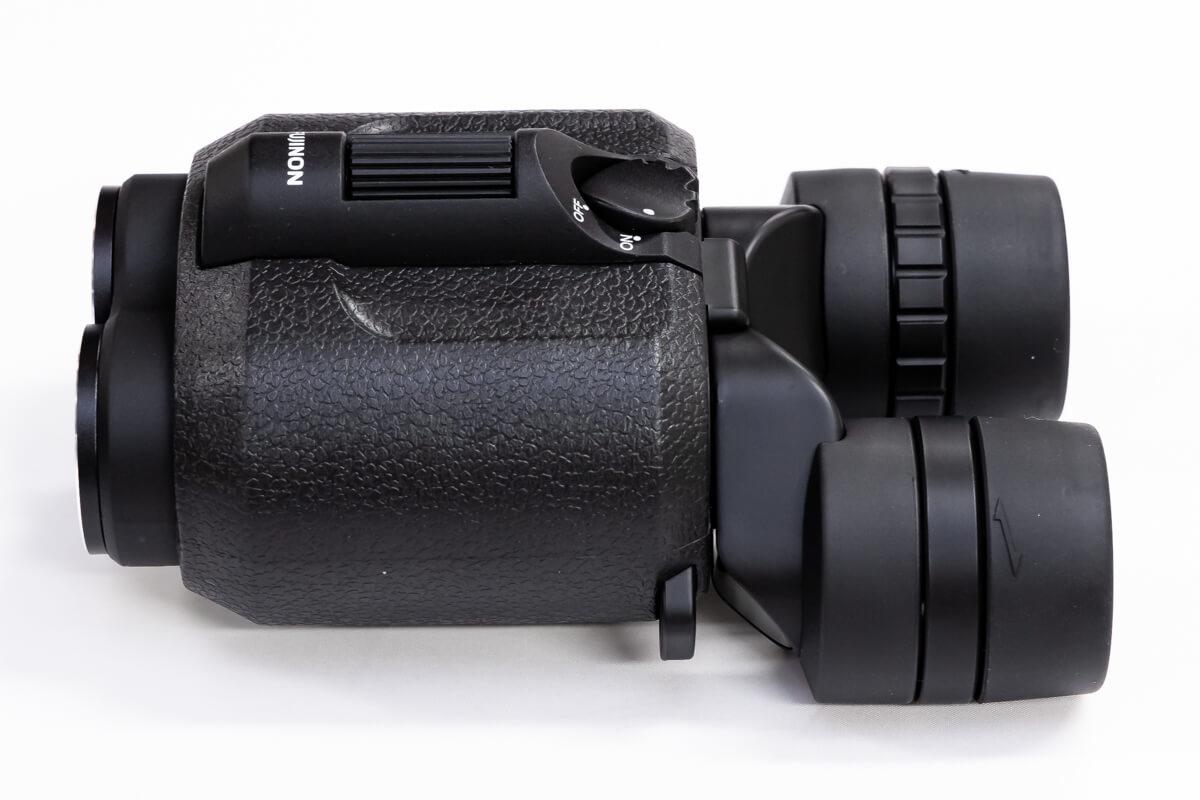 富士フイルムの防振双眼鏡「FUJINONテクノスタビ」 軽量&スライド式防振スイッチで長時間でも疲れにくい
