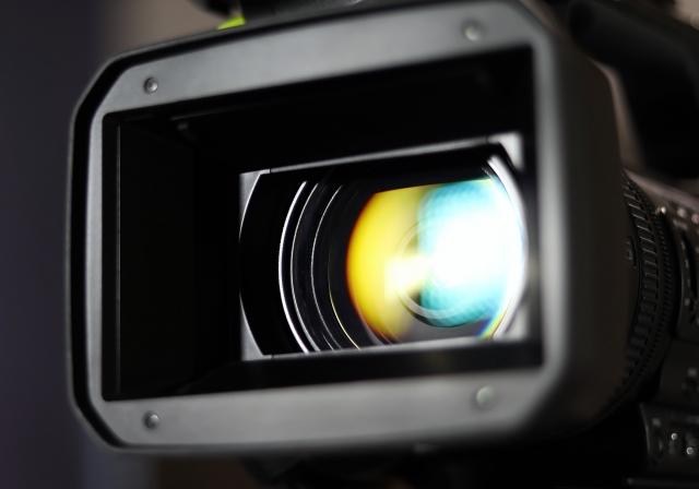 最新4Kカメラおすすめ7選 ハンディビデオカメラ【学校行事などでの手持ち撮影に】