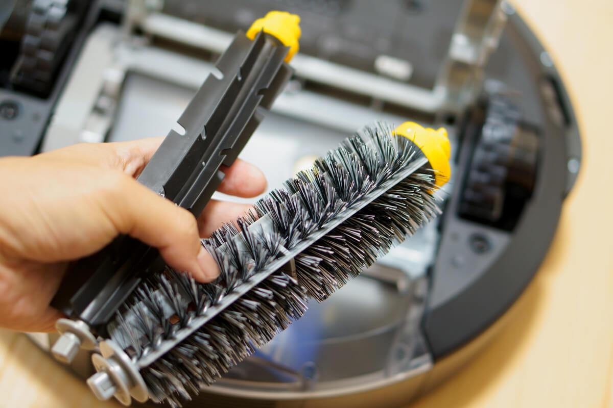 iRobotルンバ692のデメリット ブラシの掃除が手間