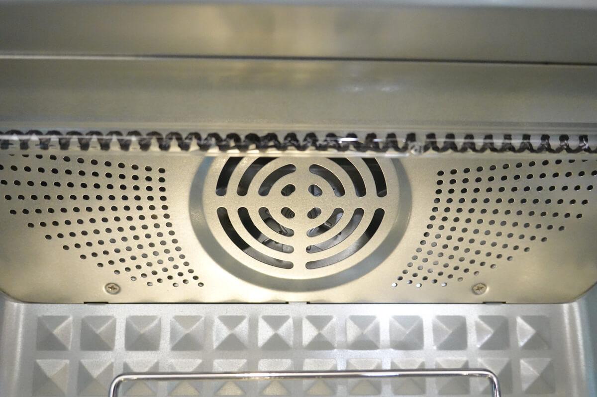 「シロカ」vs「バルミューダ」トースターを6項目で比較! 1. 加熱機能 高火力+コンベクションのシロカ