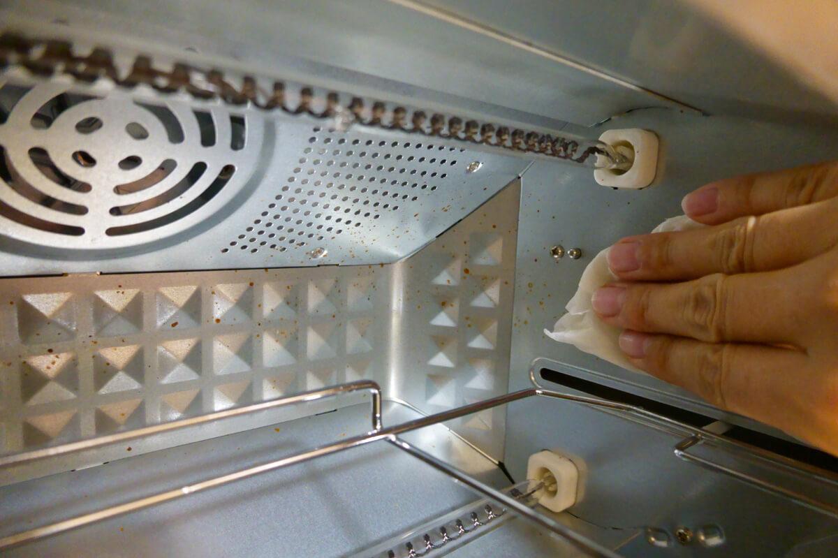 シロカのトースター「すばやき おまかせ ST-2D251」開封&外観レビュー とびらの取り外し方法