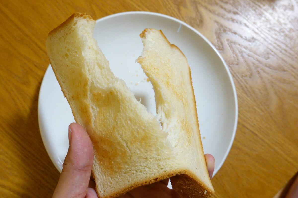 「シロカ」vs「バルミューダ」トースターを6項目で比較! 2. パンの加熱 トーストの味