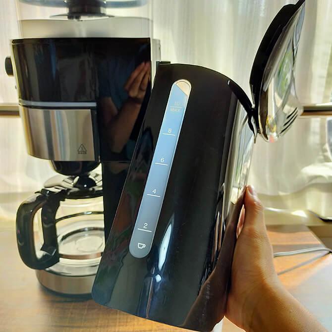 シロカの全自動コーヒーメーカー SC-10c151の給水タンク