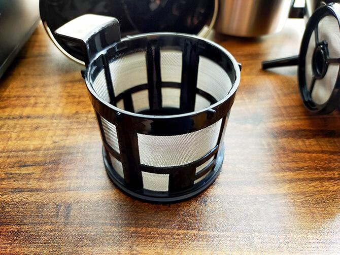 シロカの全自動コーヒーメーカー「カフェばこ SC-A371」のメッシュフィルター
