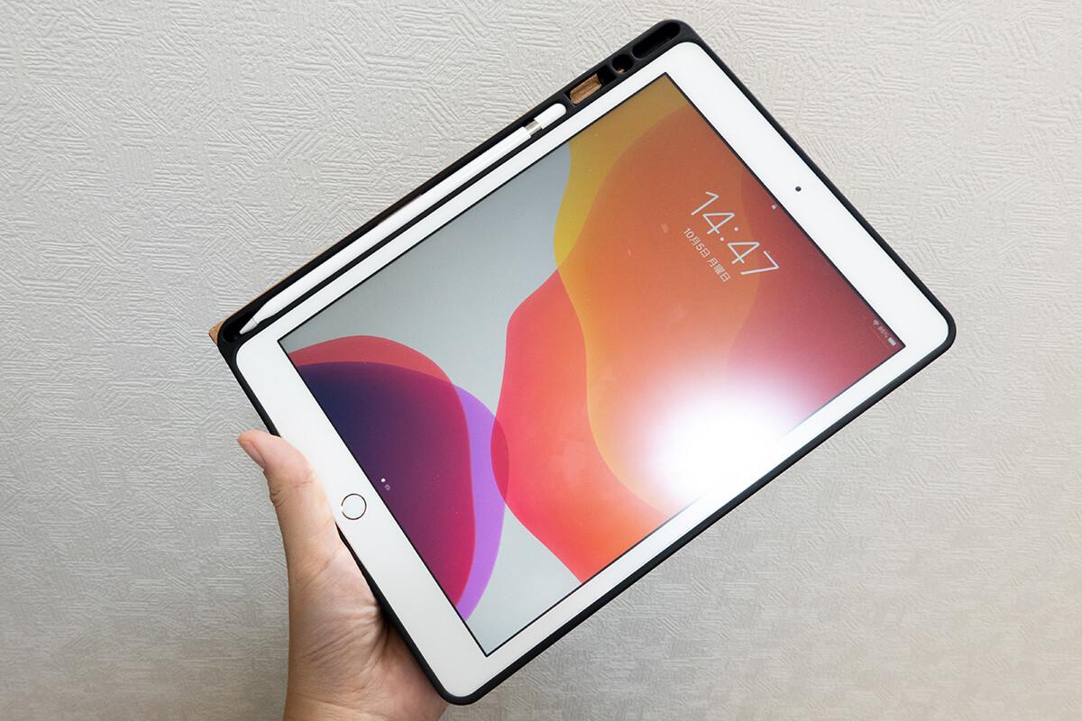 液タブ vs iPad 5つの違いを比較 1. 持ち運び