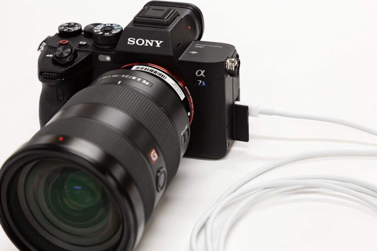 SONY α7S III USB給電